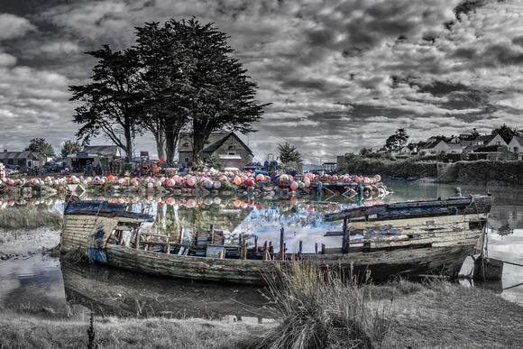 Abersoch inner harbour b&w with a little colour,RBABNbw